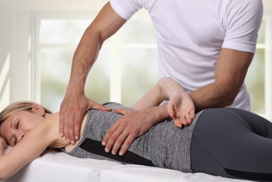 Consultation ostéopathe douleurs
